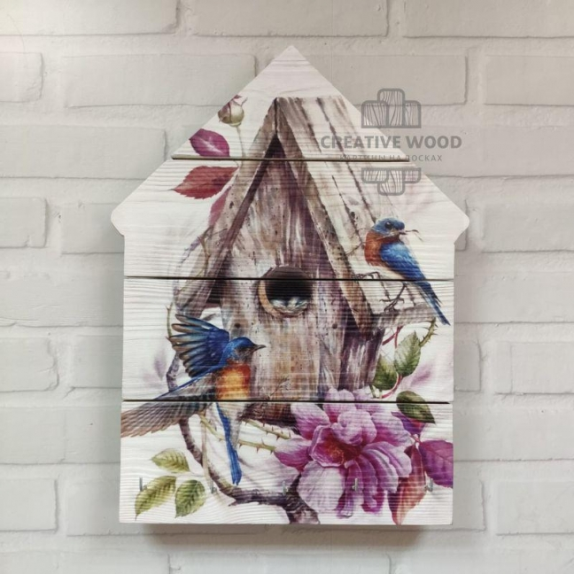 Painting on boards Key holder made of boards in the shape of a house